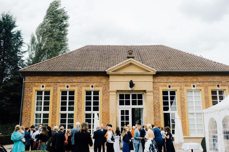 Hochzeitsfotografie in Rheda-Wiedenbrück: Hier beginnt unser gemeinsames Abenteuer.